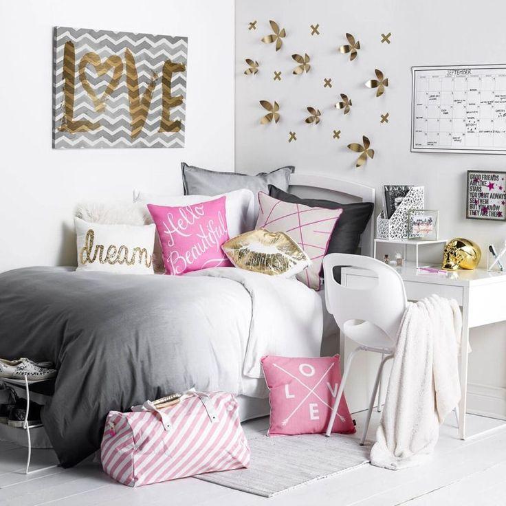 chambre ado fille blanche avec une déco murale en fleurs 3d ...