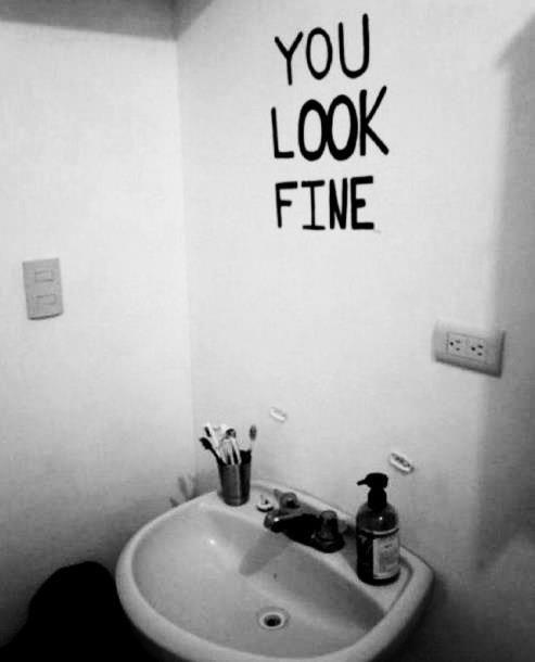 Pas besoin d'un miroir pour savoir qu'on est belle (ou beau) PS: la beauté est principalement à l'intérieur – DaiYamaguchi