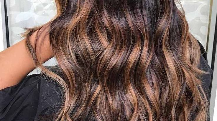Coiffure Femme Tendance 2018 Cheveux Ondules Balayage Hairstyles Pctr Up