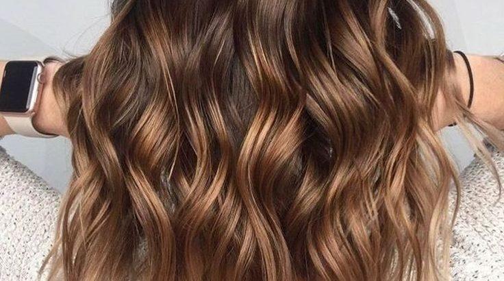 Couleur Balayage Blond Miel Caramel Notre Guide D Idées Pour Un Balayage Réussi Pctr Up